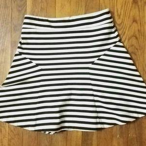 Express Black & White Flared Skirt Size 4